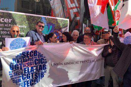 Éxito en la concentración de la Unión Sindical CaixaBank